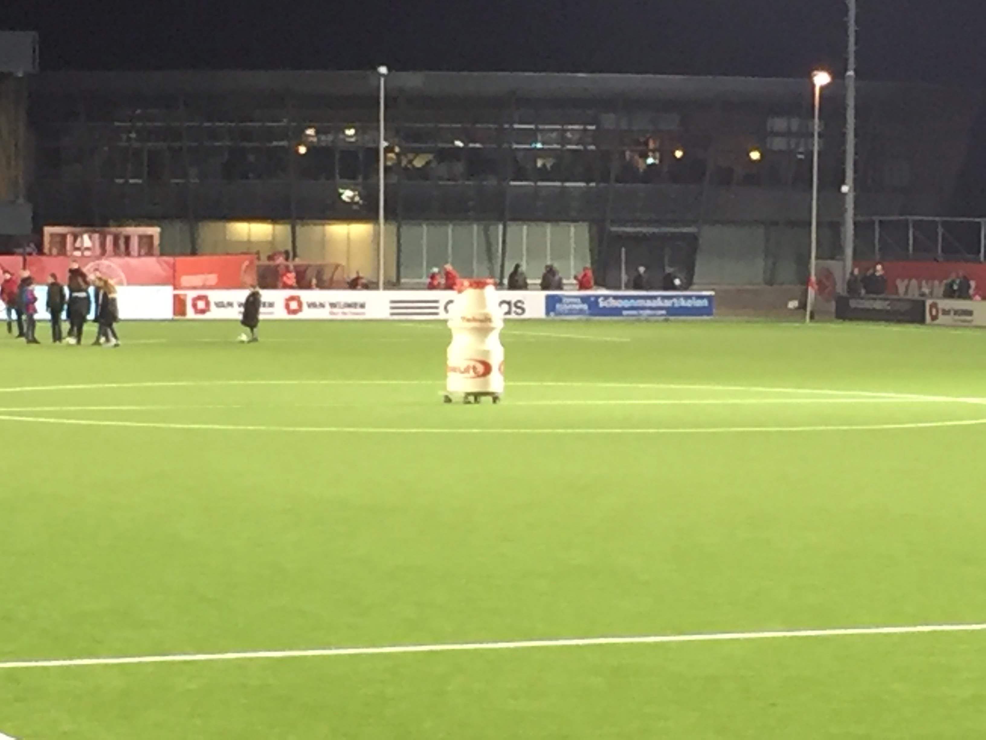 Almere City 2 Fortuna Sittard 0