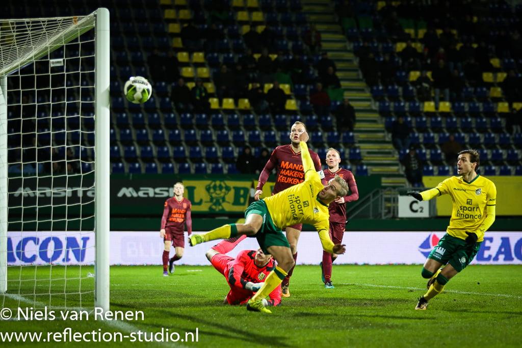 Opstelling tegen RKC Waalwijk