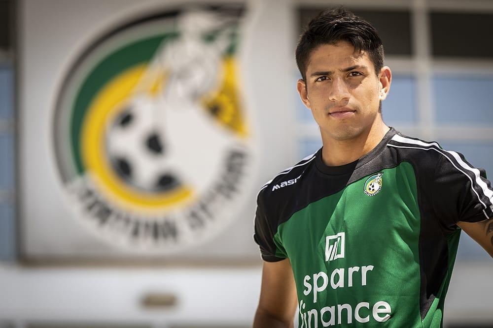 Ramírez tekent contract