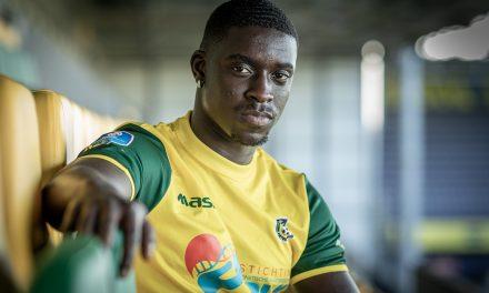 Sambou tekent contract